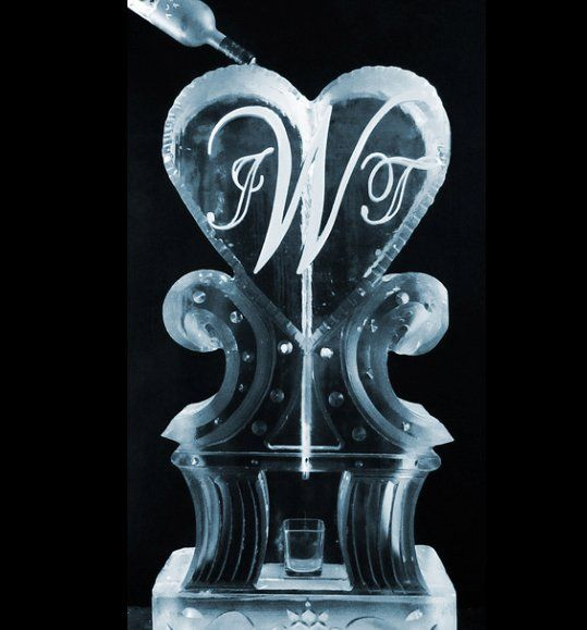 Make your dream a reality this year by hosting a Summer #wedding with Apple Ice! We have custom made ice sculptures and food displays that will wow your guests ! IceSculptureDesigns.com . . . . #weddingtime #love #spring #appleice #premium #luge #ice #icesculpture #sculpture #corporate #event #holiday #party #fun #cool