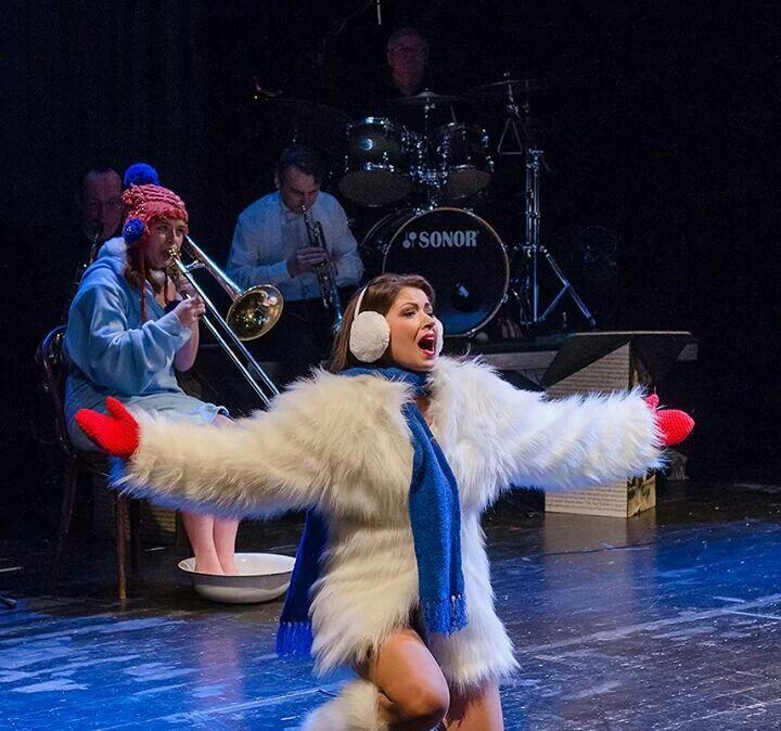 #revue Osvobozene #divadloSemafor #theatre