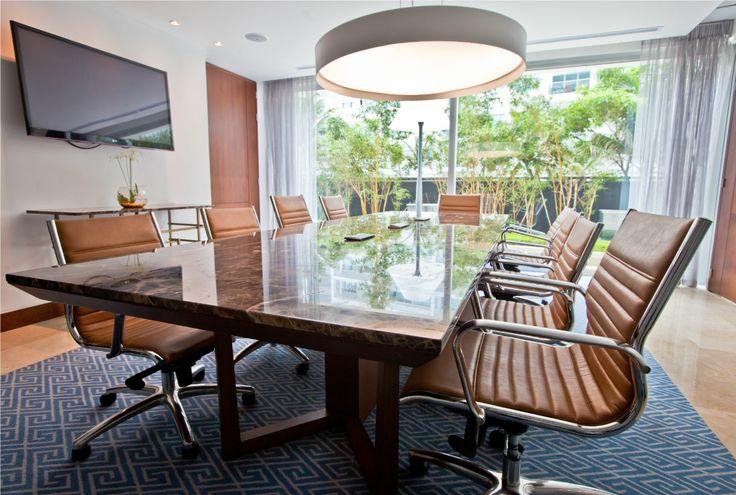"""""""Sala Bonaire"""" con capacidad para 10 personas #Conferencia #Reuniones #Eventos #Congresos #Evento #Hotel #HolidayInn #Negocios #Meeting Reservas: reservations.ctghi@ihg.com"""