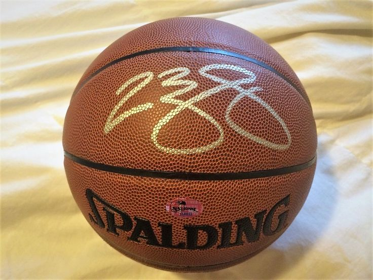 CLEVELAND BROWNS / MIAMI HEAT LEBRON JAMES AUTOGRAPH SIGNED BASKETBALL w COA