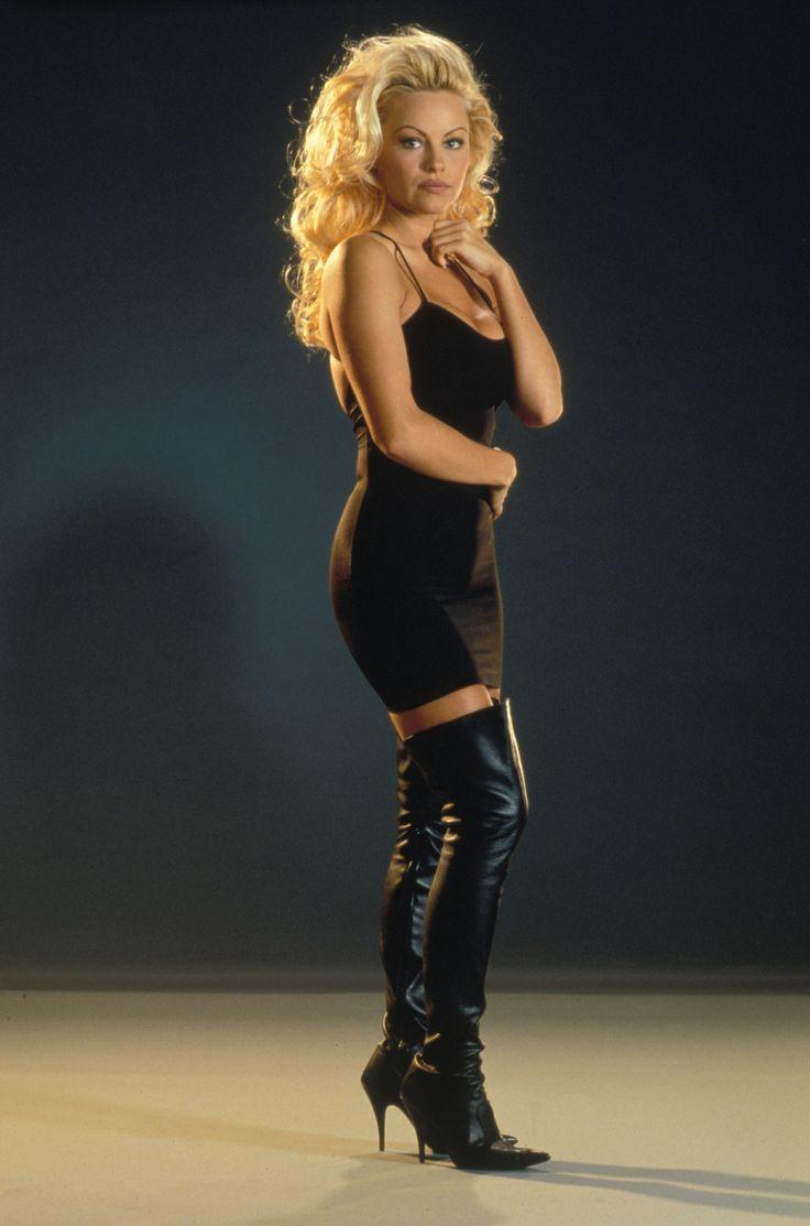 Pamela Anderson Lederlatex
