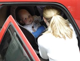 Too many parents leave kids alone in cars | Yakima Valley Memorial Hospital