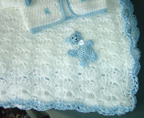 Free Crochet Patterns Baby Blankets Pram rug with ...