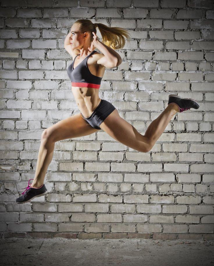 """Le HIIT (High Intensity Interval Training) signifie littéralement """"entraînement par intervalles à haute intensité"""". Concrètement..."""