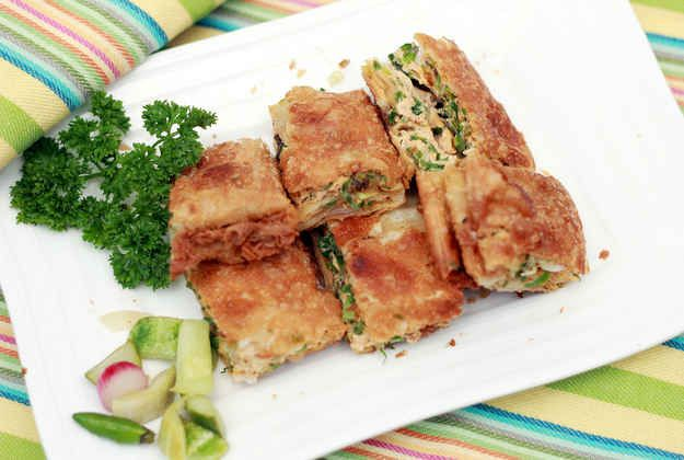 Martabak | 30 Delicious Indonesian Dishes You Need To Try