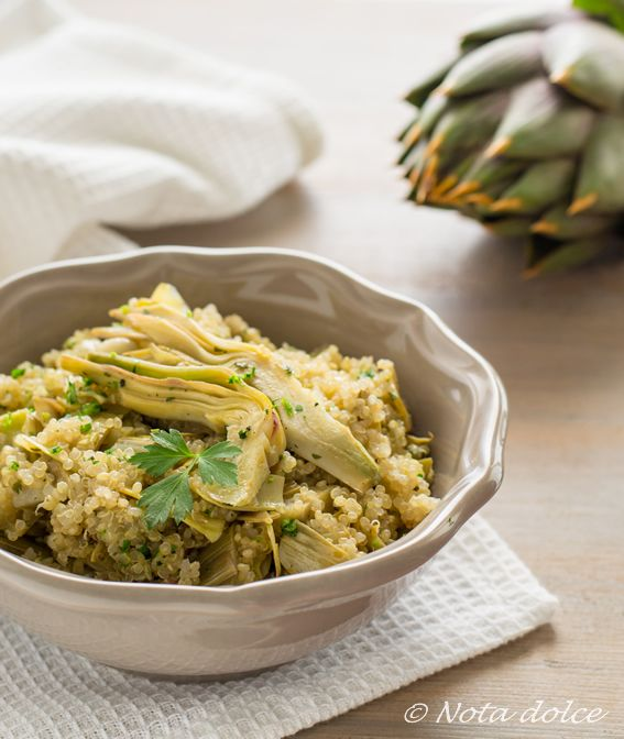 Insalata tiepida di quinoa e carciofi ricetta facile