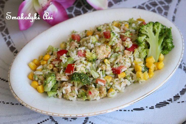 Smakołyki Asi: Sałatka z kurczakiem i brokułem