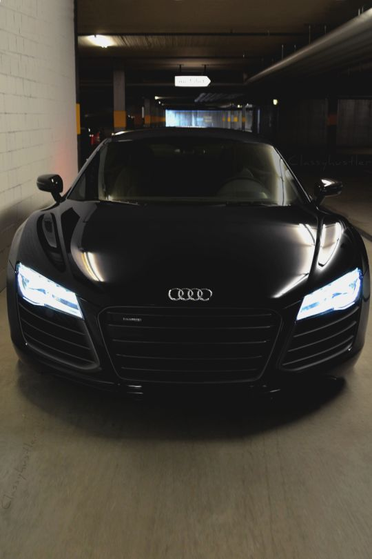 Audi R8…I want to test drive this car.