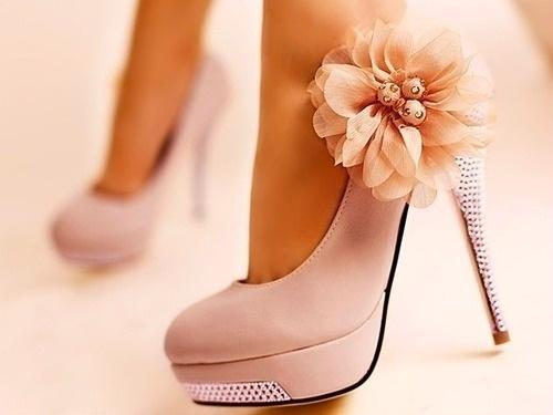 :): Pink Flower, Wedding Shoes, Pinkflower, Style, Flower Shoes, Pink Heels, Bridesmaid Shoes, Pink Shoes, High Heels
