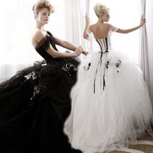 2016 New Arriva Ball Gown Sweetheart Long Wedding Dress White and Black Wedding Dresses Ruffle Applique Tulle Bridal Gown