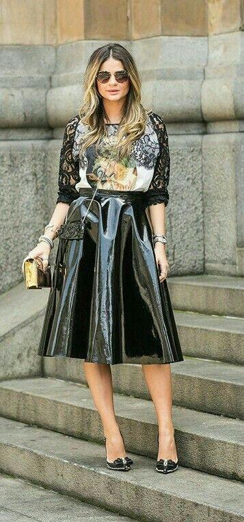 Flared black patent leather skirt – Tall Tan Barbie