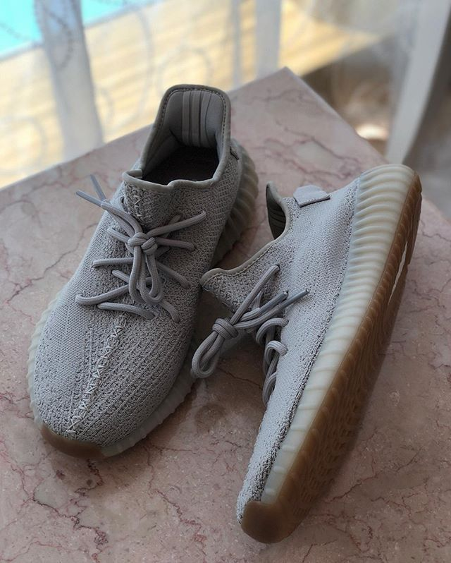 official photos f38ba f4d1c Cop or drop? YEEZY BOOST 350 V2