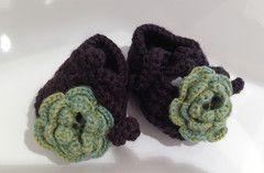 Handmade Baby Booties- Alpaca!!!  Quality handmade knitwear using the finest of yarns produced locally in New Zealand.