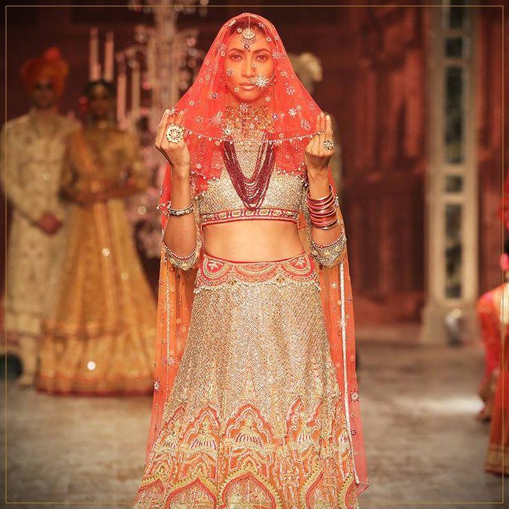 Tarun Tahiliani Bridal Collection 2016 #tarun #tahiliani #bridal #dress #lehenga #women