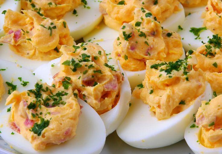 Plněná vajíčka ricottou a šunkou