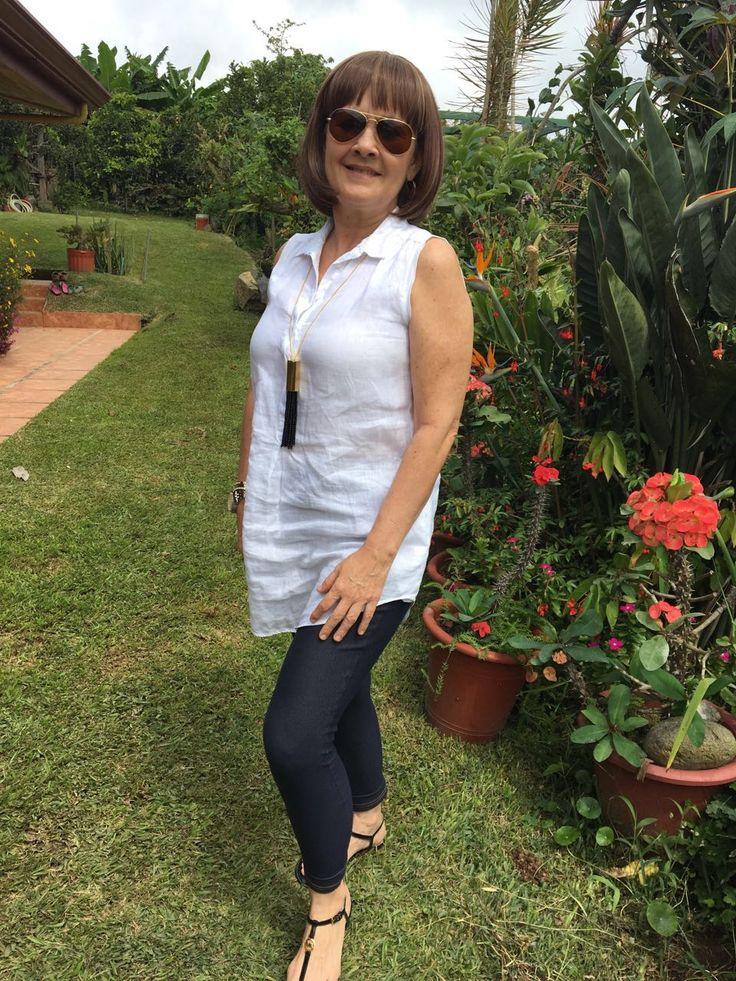 Jeans leggings and linen túnica