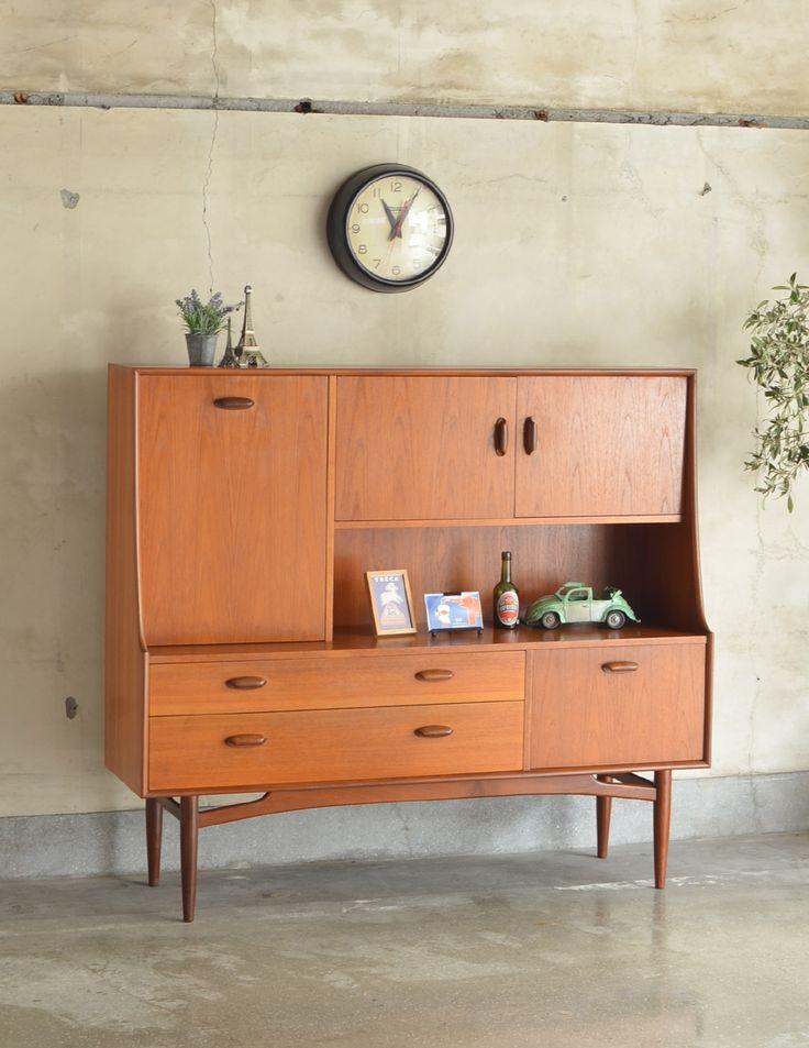 食器棚にもおススメのヴィンテージ北欧家具、G-Planのサイドボード (x-619-f)