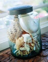 Simple glass jars for displaying your collections