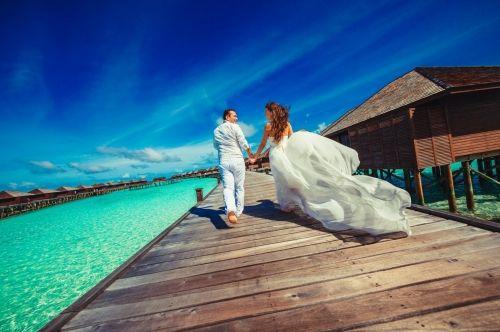 Flitterwochen mal anders - Die #Malediven… #Hochzeit