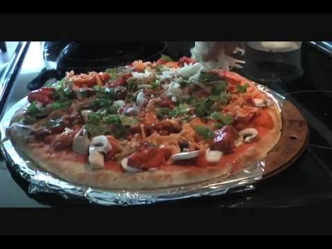 Superbowl Snack : Tandoori Chicken Pizza recipe