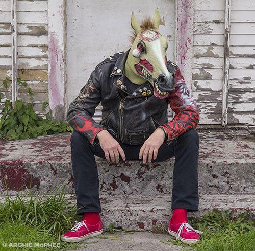 Carnavalsmaskers - feestartikelen - zombie paard