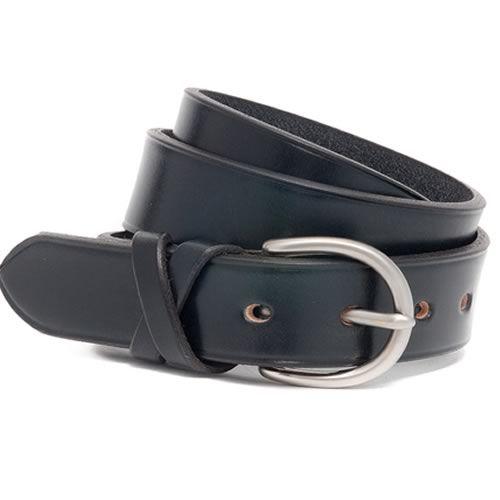 Skirsa is an original design, handmade leather women's belt. Modern design, built to last a lifetime in Scotland by McRostie of Glasgow.