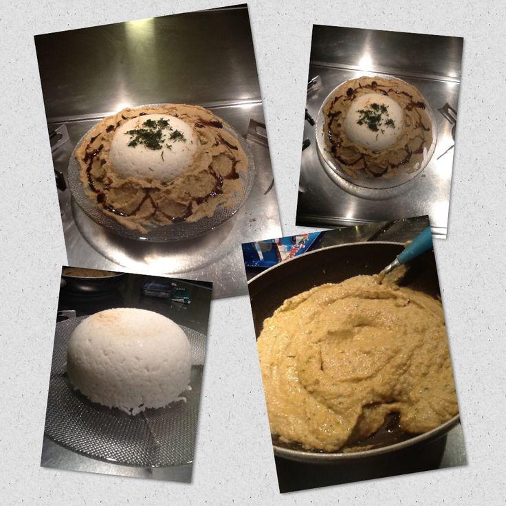 Crema di ceci fatta in casa con ceci freschi bio ridotta di aceto di lampone e torta di riso alla giapponese