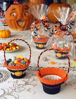 Halloween Shop: Crepe Paper Favor Baskets, Nut Cups, Candy Cup Party Favors on Blumchen.com one of my favorite stores for vintage style decorations