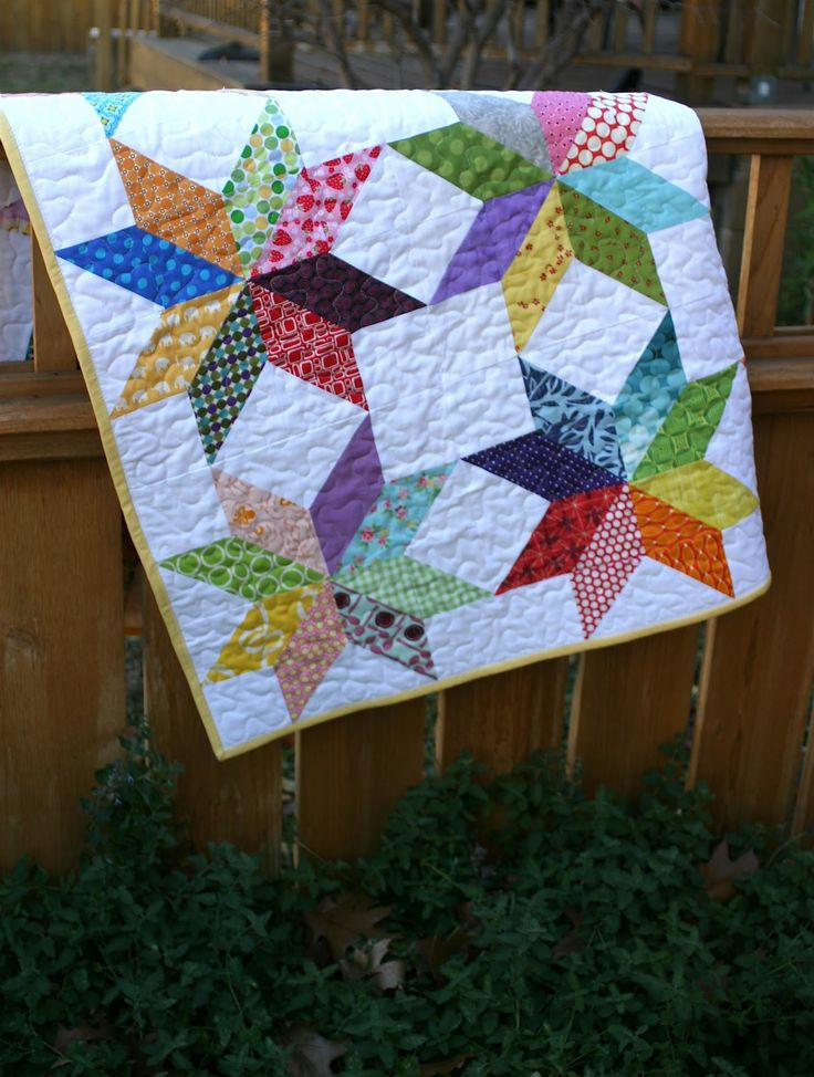 fall quilts to make | For the binding, I used Rachel's ZigZag binding tutorial .