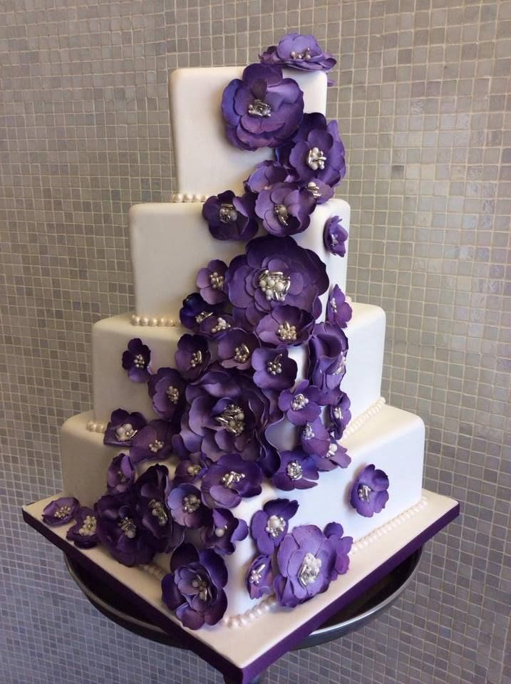 To see more stunning wedding cake inspiration: http://www.modwedding.com/2014/11/05/get-inspired-amazing-wedding-cake-inspiration/ #wedding #wedding_cake #weddings cake: Over the Top Cakes