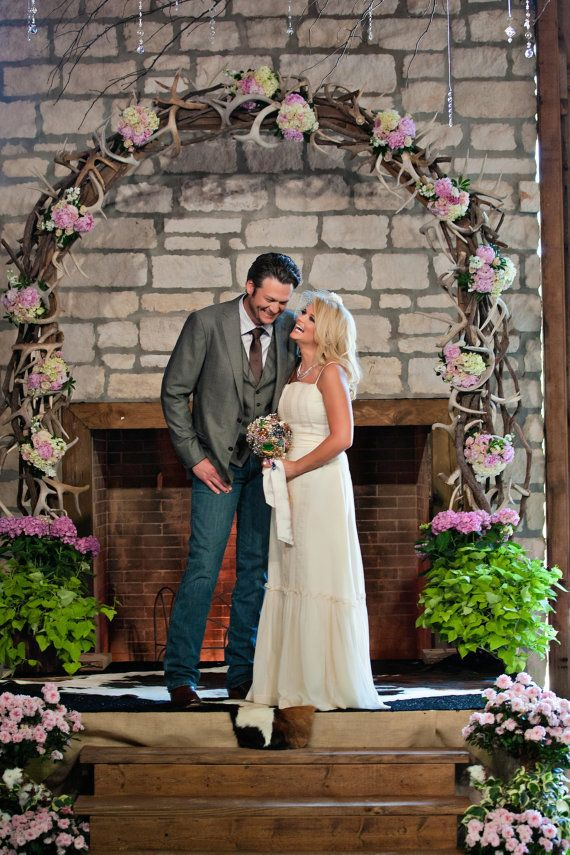 Vintage Brooch Bouquet Miranda Lambert Heirloom Bridal Featured In Us Weekly Shower Custom Blake Shelton