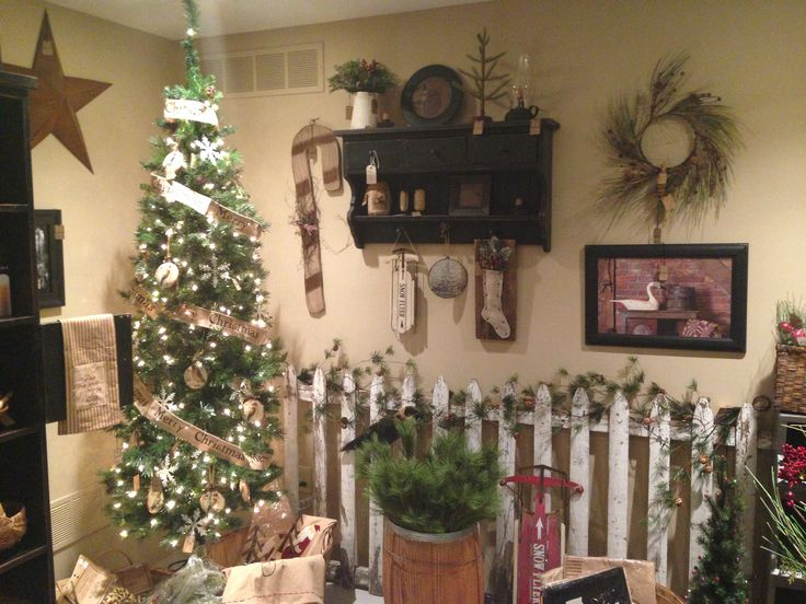 The warm cozy feel of primitive home decor christmas ornaments shelves · primitive homesprimitive countrycountry