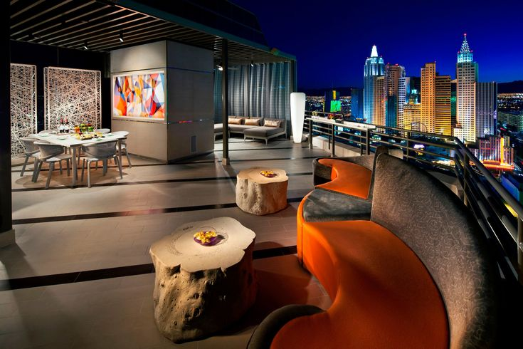 Get know the complimentary services of this luxury property The Bellagio Hotel.  Find more Design News and Events at www.brabbu.com/en/news-events