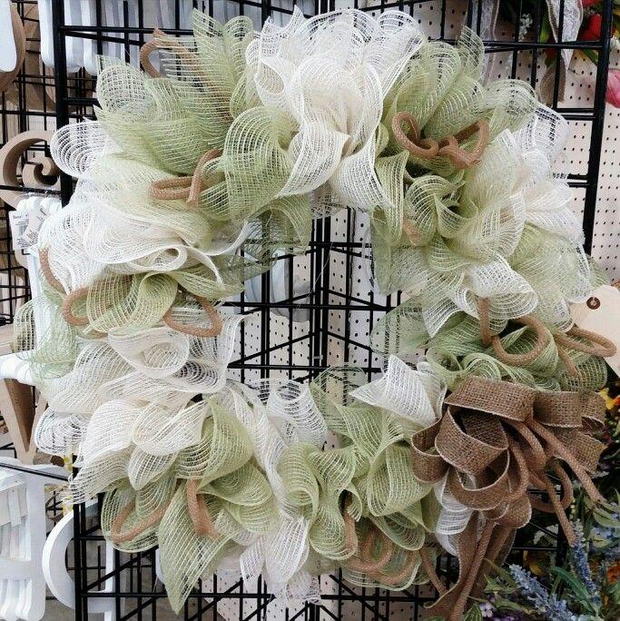 Burlap mesh ruffle wreath... Supplies Needed: 2 rolls mesh ...