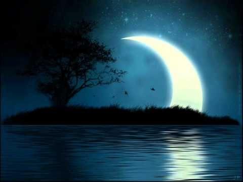 Місяць на небі (Moon in the sky)