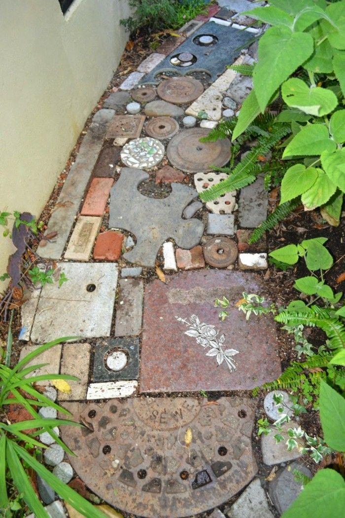 42 Kreative Upcycling Ideen Wie Man Den Eigenen Gartenweg Anlegen Kann Garten Upcycling Gartenweg Gartengestaltung Ideen