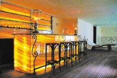 Home Mini bar with sunset lighting design