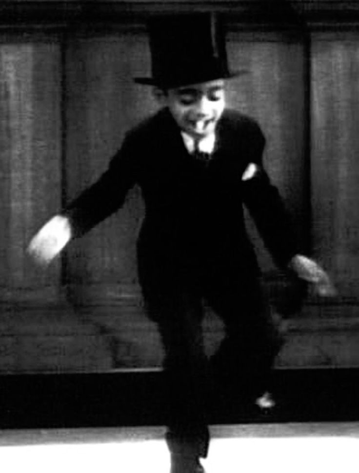 Sammy Davis Jr., 6 years old - one of the greatest tap dancers of all time.  um YESSSSS!!!!!!