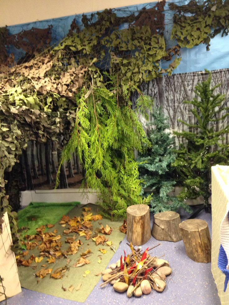 Woodland role play area;love this for the Gruffalo's wood