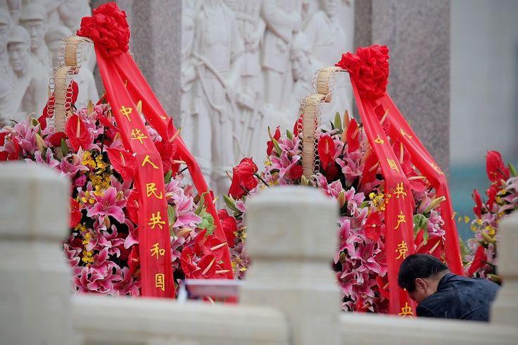Xi Jinping: Um servo do sistema político do Partido Comunista Chinês | #CapitalismoDeCompadrio, #China, #Comunismo, #Corrupção, #DengXiaoping, #Direitistas, #Elite, #Esquerdistas, #HeQinglian, #HuJintao, #JiangZemin, #MaoTsétung, #PartidoComunistaChinês, #Política, #Príncipes, #ServoDoSistema, #XiJinping