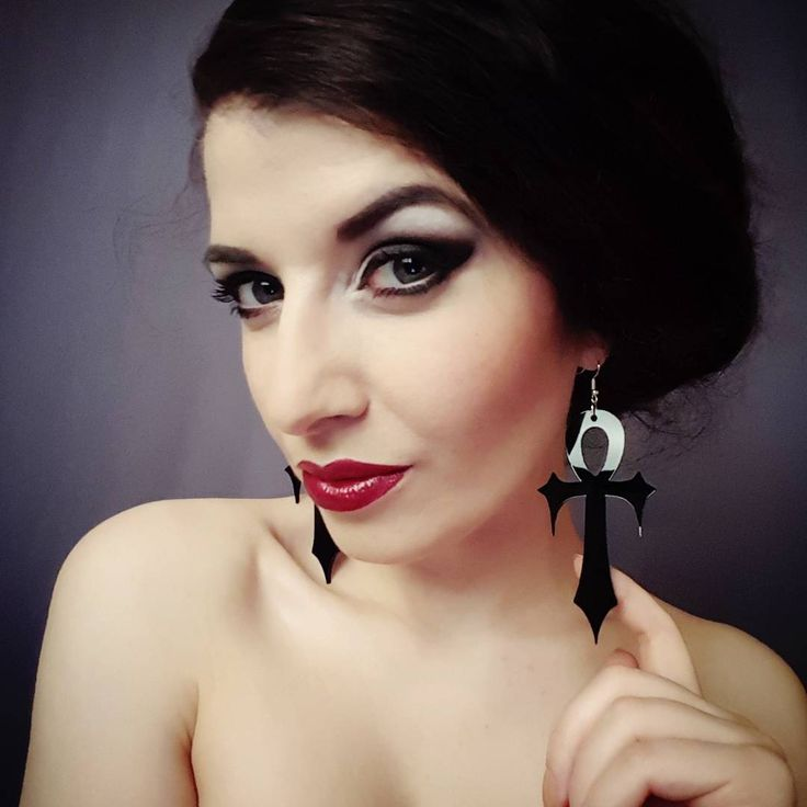 Mesmerizing Esmeralda . Channel your inner goddess with our Ankh earrings