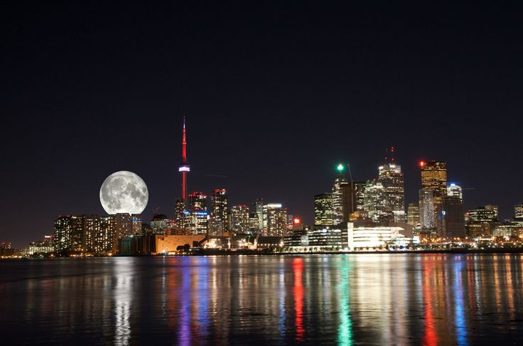 Toronto MoonLights by Matteo Stallone on 500px