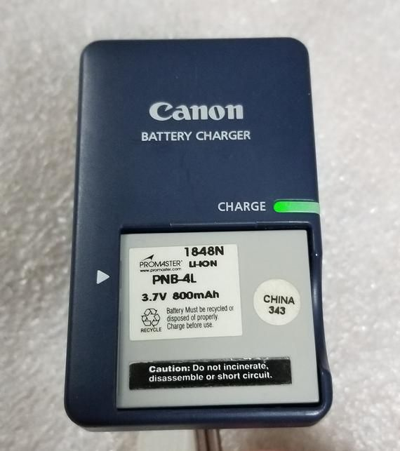 Canon Battery Charger Cb 2lv G Genuine Canon Charger Oem Etsy Canon Battery Battery Charger Lithium Ion Batteries