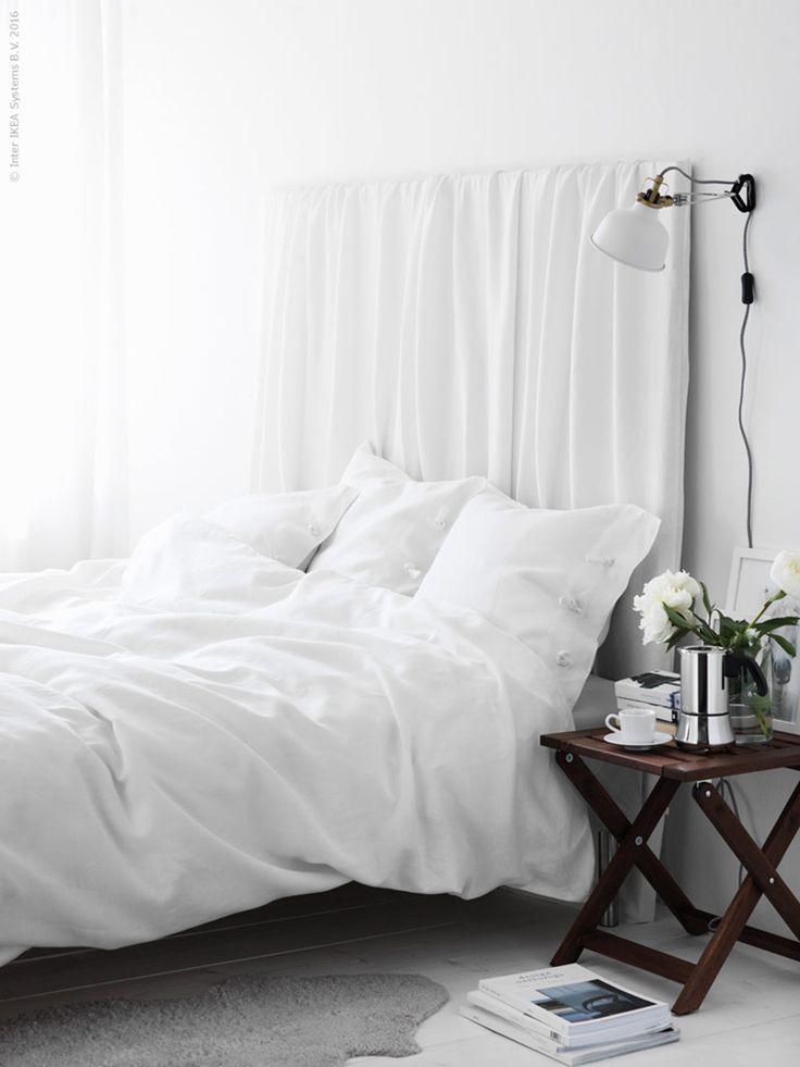I gårdagens inlägg för Livet hemma tipsade jag om detta enkla make-over-tips för sovrummet. Fixa sommarstilen med ett extra påslakan i linne som du trär över en befintlig sänggavel eller skiva. Med en rynkad oversized look får du en mjuk ombonad känsla. Ett sovrum för drömmar. Hela beskrivningen och produktlistan...  Read more