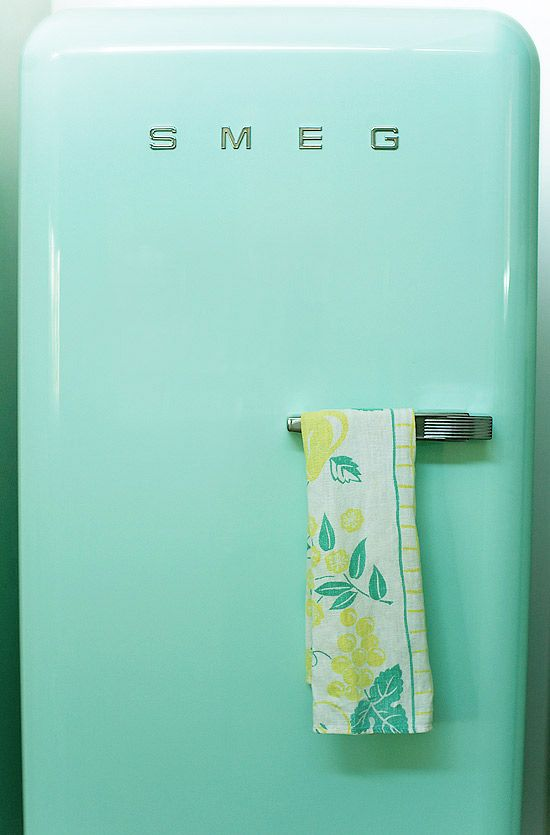Best 25+ Smeg fridge ideas on Pinterest | Black ovens, Retro ... | {Kühlschrank retro mint 1}