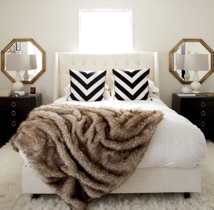 1000 ideas about black white bedrooms on pinterest for White fur bedroom