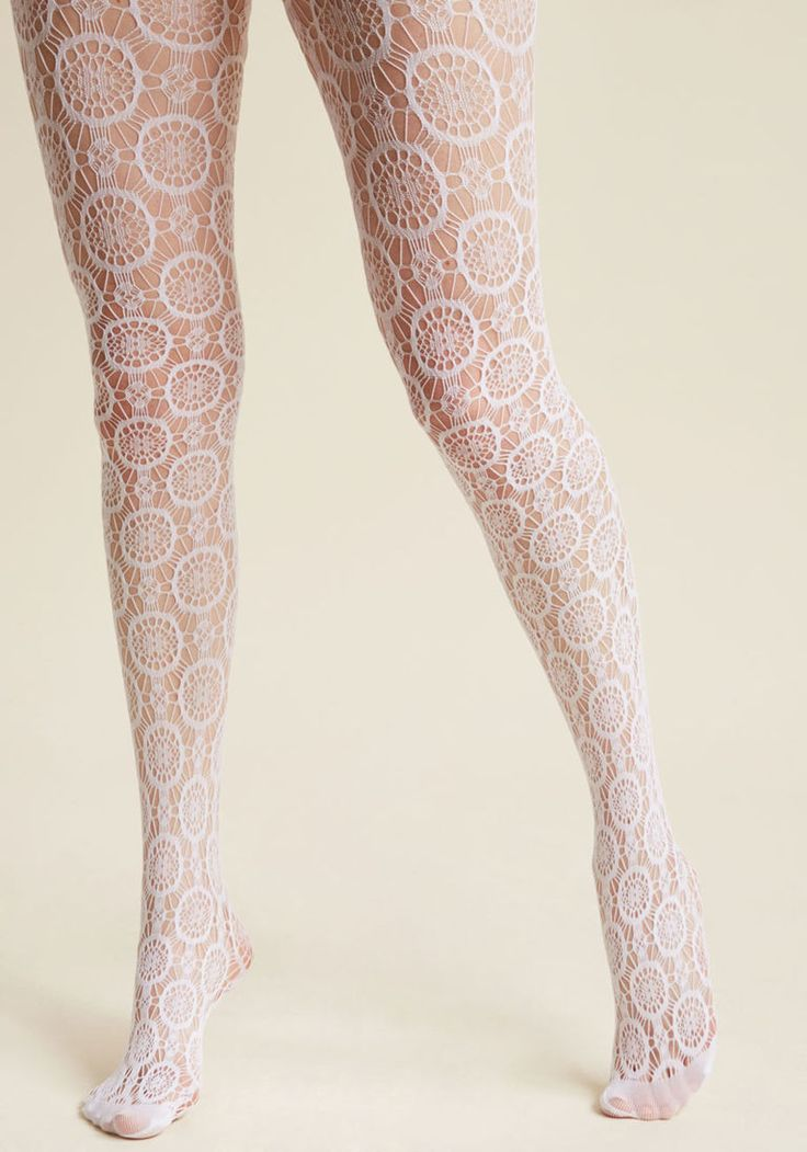 Sheer Me Out Tights in Blanc