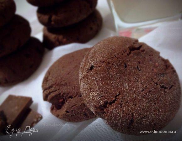 Шоколадно-малиновое печенье (постное). Ингредиенты: малиновое варенье, растительное масло рафинированное, сахар