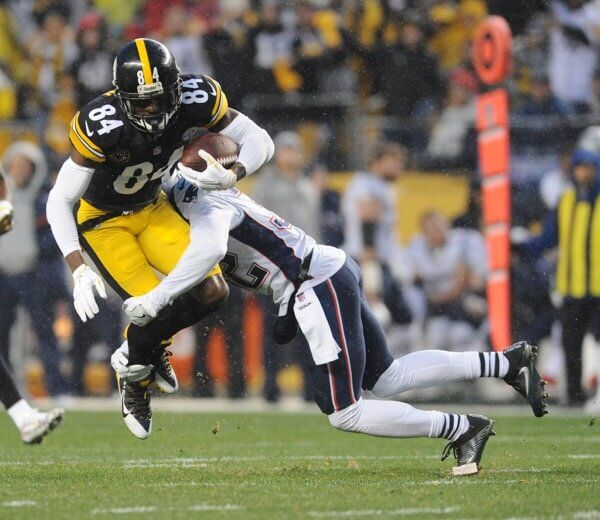 Antonio Brown suffers partially torn calf muscle-Dr. Parekh = Steelers WR Antonio Brown has a partially torn calf muscle. Usually 2-4 weeks RTP but.....