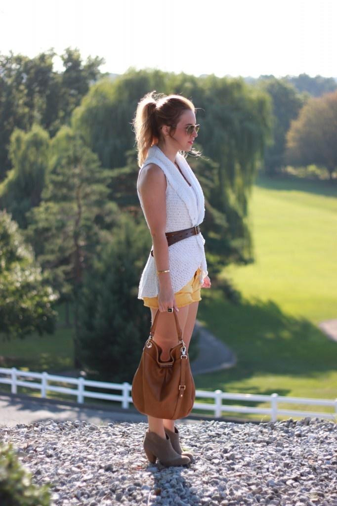 Yellow Shorts: Yellow Shorts, Pants, Fall Outfits, Spin, Photo